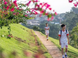 探访中国足球首个海外青训基地 鲁能巴西体育中心