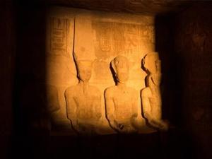 日光节奇迹闪耀埃及阿布・辛拜勒神庙