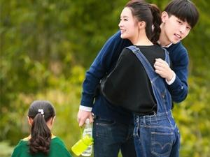 """李沁《爸爸5》搭档邓伦 成首位""""实习妈妈"""""""