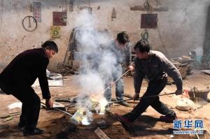 环江:壮族铜鼓铸造技艺焕发新生机(组图)