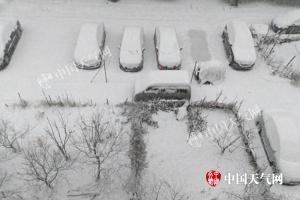 我国24省份将现雨雪 太原郑州等地迎初雪