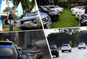 中国―东盟拉力赛第三站:泰国旅游局向车队送机票