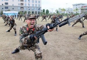 南宁:武警吹响开训集结号(组图)