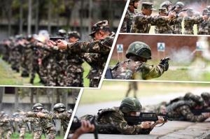 武警官兵开展实弹训练 一睹子弹出膛精彩瞬间(图)