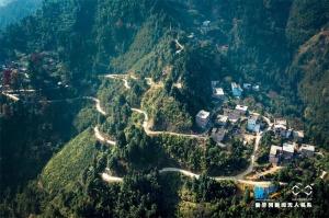 广西贺州:山道弯弯——瑶胞沟通外界的纽带