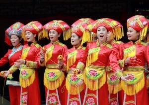 """河池旅游""""风情万种"""" 阿牛哥刘三姐唱着山歌等客来"""