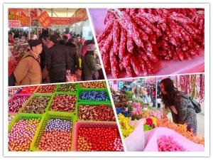高清组图:南宁年货交易火爆 传统商品受青睐