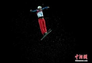 冬奥前瞻:三将出战空中技巧 速滑500米巅峰对决
