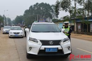 钦州:春运20天 查处交通违法行为2.4万起