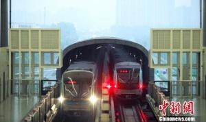 """中国都会轨道交通""""世界最长"""" 运营上要下工夫"""