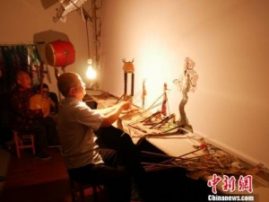 陕西华州皮影展示非遗魅力 有何让人叫绝之处?