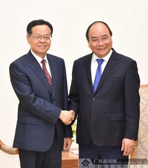 陈武在河内拜会越南总理阮春福