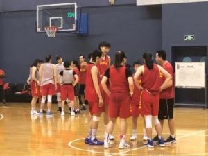 女篮国家队大量招入年轻选手 建队长痛不如短痛