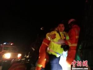 新疆消防装甲车