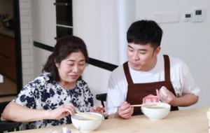 陈赫加盟《熟悉的味道》为爱下厨