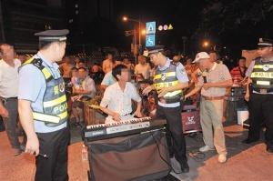 南宁市整治广场噪音 噪声扰民投诉电话减少近一半