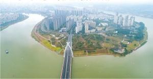 高清:邕江亲水景致逐渐成形 江水丰盈风光旖旎