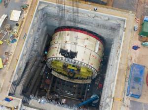 雅万高铁:组装东南亚最大盾构机