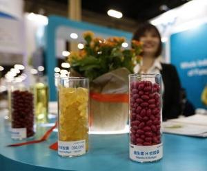 中国医药原料品牌展亮相美国