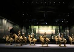 百余件汉唐乐舞文物在郑州展出