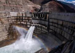 白鹤滩水电站建设进展