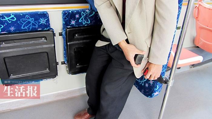 """相关新闻     """"无障碍公交车""""运营线路      近年来,南宁市越来"""