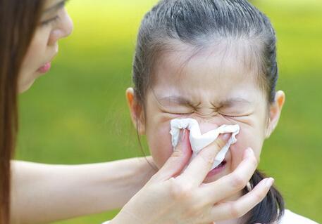 天气转冷儿童扛不住 医生提醒:冷天尽量避免风吹