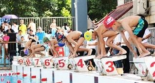 南宁市为区运会蓄势 选拔游泳人才