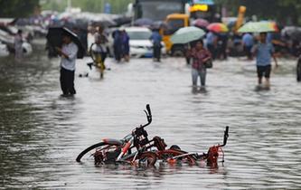 南京连夜暴雨过后