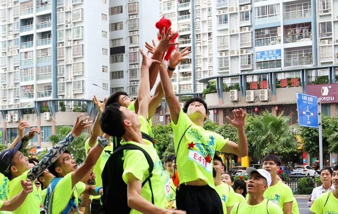 第二届南宁垂直马拉松 展示向上的力量