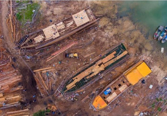 探访海南手工打造百吨木船