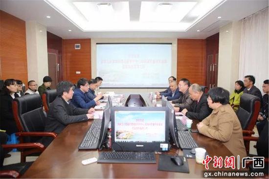 国家卫计委脑防委专家组到柳州督导高级卒中中心建设