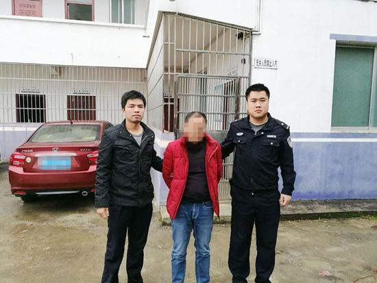 隆安:男子非法拘禁他人 潜逃10年后落网(图)