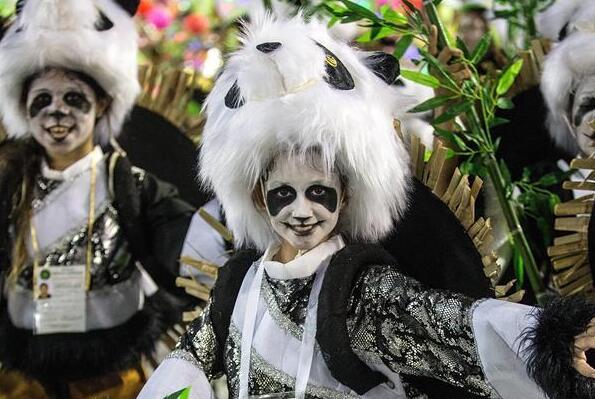 巴西狂欢节致敬中国年