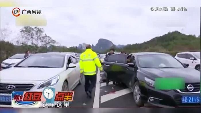 女子担心晕车十多小时不进食 车内晕倒后不幸去世