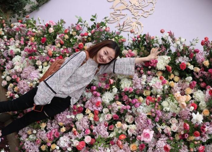 中国美妆小镇玫瑰文化节