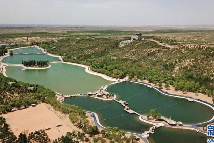 """治沙""""前线""""建起沙漠公园"""