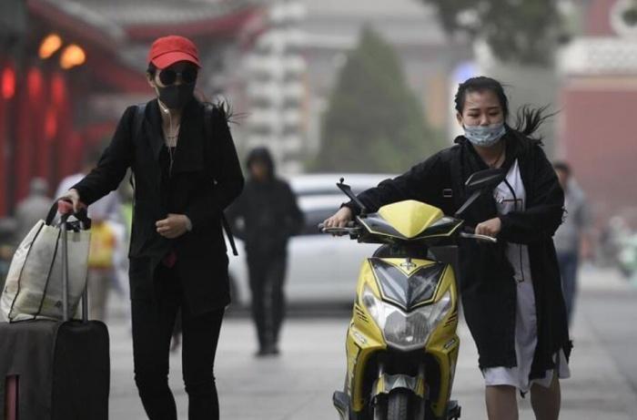 宁夏遭遇大风沙尘天气