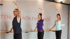 《女儿们的恋爱》selina姐妹练瑜伽优雅