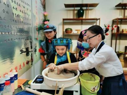 广西中小学特色实验室创新亮点多