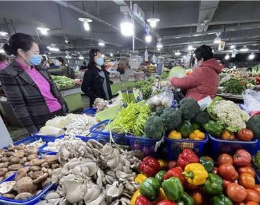 受多种因素影响 南宁市猪肉和反季节蔬菜价格上涨