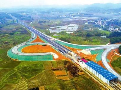 柳州经合山至南宁高速公路计划今年7月通车