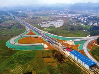 南宁今年力争开建市郊铁路机场线、BRT3号线等