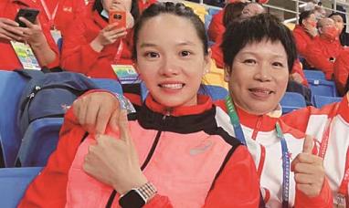百米女飞人大战韦永丽排名第六:我是来享受比赛的
