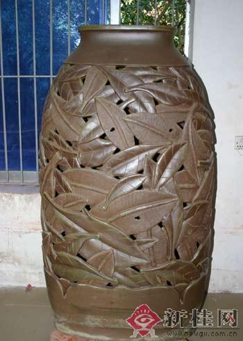 陶艺作品动物车