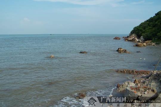 防城港火山岛海边