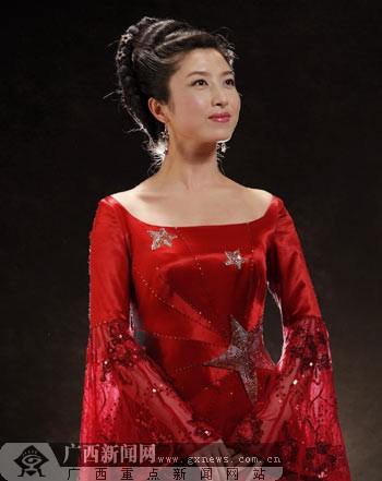 红旗歌手刘媛媛 七一 放歌人民大会堂图片