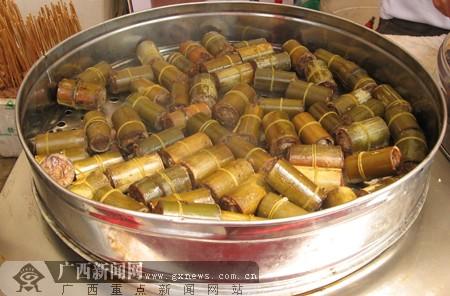 云南西双版纳竹筒饭_广西新闻网美食频道