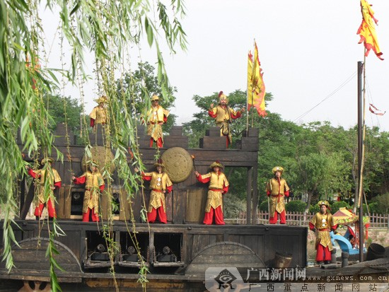 [网上看河南]走访清明上河园 感受开封古都文化