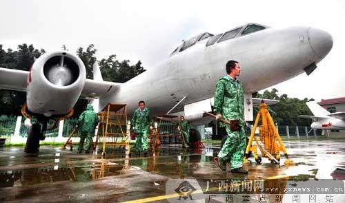 柳州军事博物馆重武器展示区将添5架战斗飞机(图)